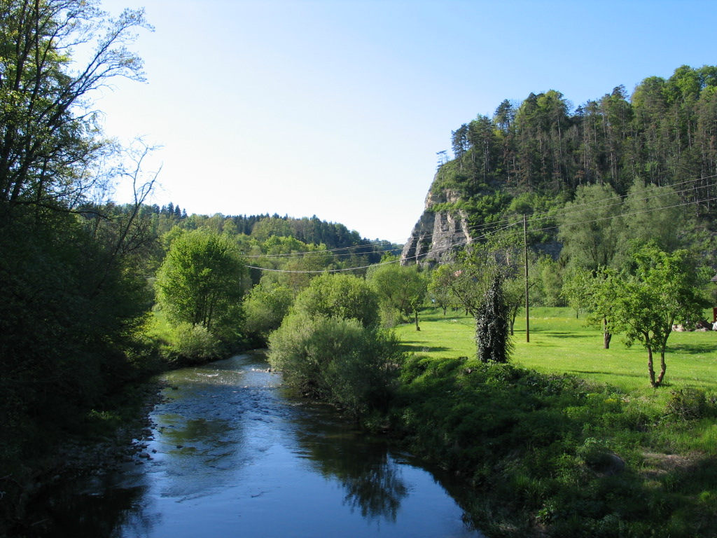 Eyachtal-Rundwanderweg Brücke im Karlstal