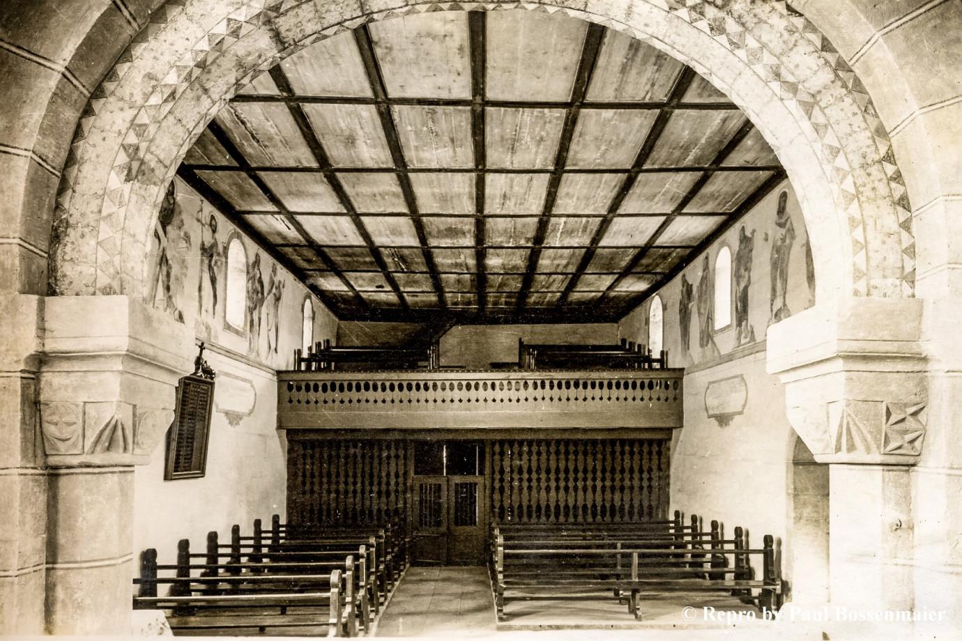 Holzwand, 1953 ersetzt durch Gitter